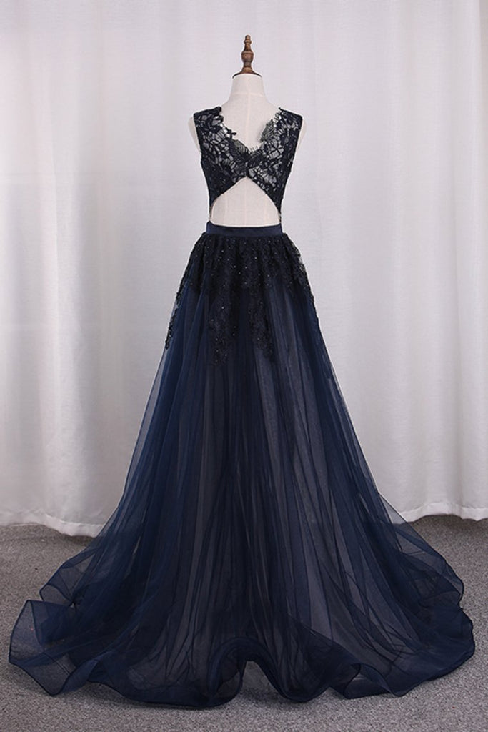 2019 Prom Dresses Mermaid V Neck Tulle With Applique Sweep Train Detachable