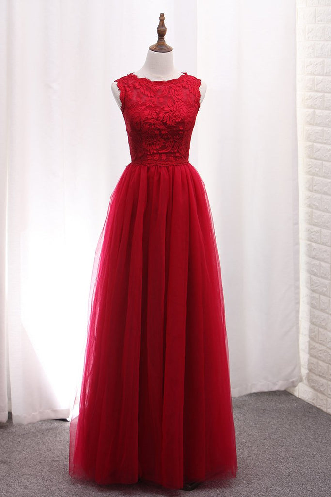2020 A Line Bridesmaid Dresses Scoop Tulle With Applique Floor Length