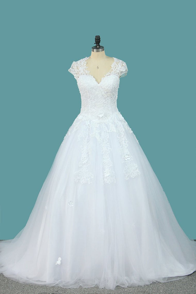 Ball Gown Short Sleeves Scoop Wedding Dresses Tulle With Applique