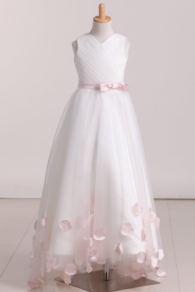 Sweep Train Tulle Flower Girl Dresses A Line V Neck