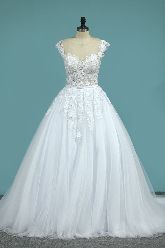 2019 Wedding Dresses Scoop Tulle With Applique A Line Chapel Train