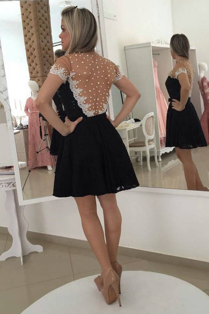 2019 A Line Scoop Short Sleeves Lace With Applique And Beads Homecoming Dresses