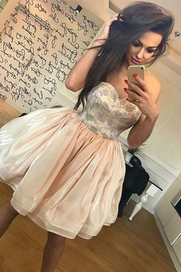 A-Line Sweetheart Cute Short Prom Dress Organza Above Knee Homecoming Dress with Lace WK708