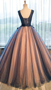 Chic Brown Long Ball Gown V-Neck Tulle Lace up Sleeveless Applique Prom Dresses WK370