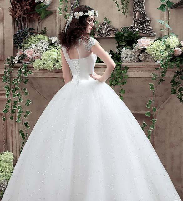 Ball Gown Tulle Sweetheart Open Back Lace up Lace Appliques Sequins Ivory Wedding Dress WK199