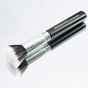 Duo Fiber Large Stippling Makeup Brush