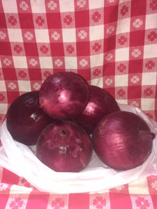 Red onions by the lbs