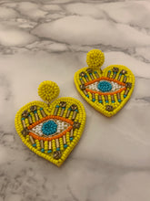 Load image into Gallery viewer, Este Corazon Earrings
