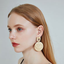 Load image into Gallery viewer, Plata ojo Earrings