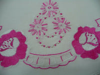 Vintage Pillowcases Pink & White Embroidered Floral Pattern Scallop Edge