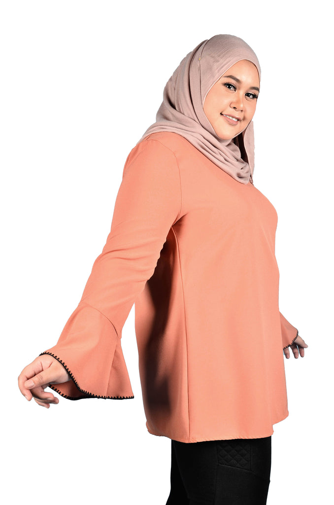 Plain Trumpet Sleeve Blouse