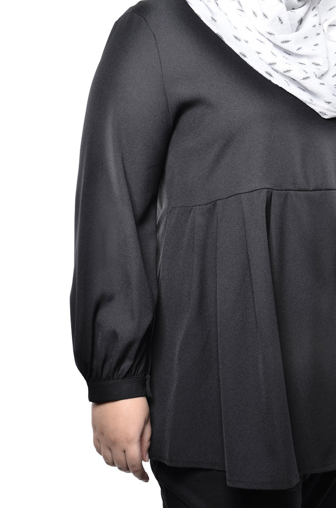 Half Pleated Waist Blouse