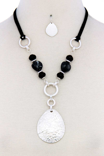 Chic Bead Fashion Pendant Necklace And Earring Set - FitBeautyTrends