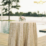 50''x50'' Square Matte Gold Sequin Tablecloth Select Your Color & Size Can Be Available ! Sequin Overlays, Runners, Gatsby Wedding, Glam Wedding Decor, Vintage Weddings