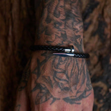 Load image into Gallery viewer, Crucify Leather Bracelet Silver