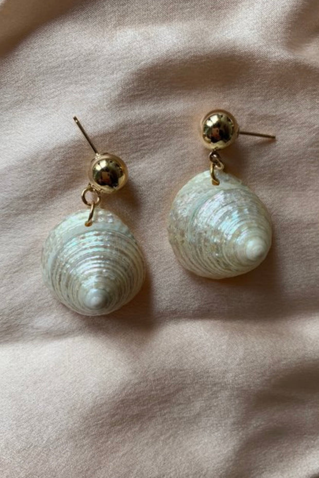 Lovisa Conch Shell Earrings