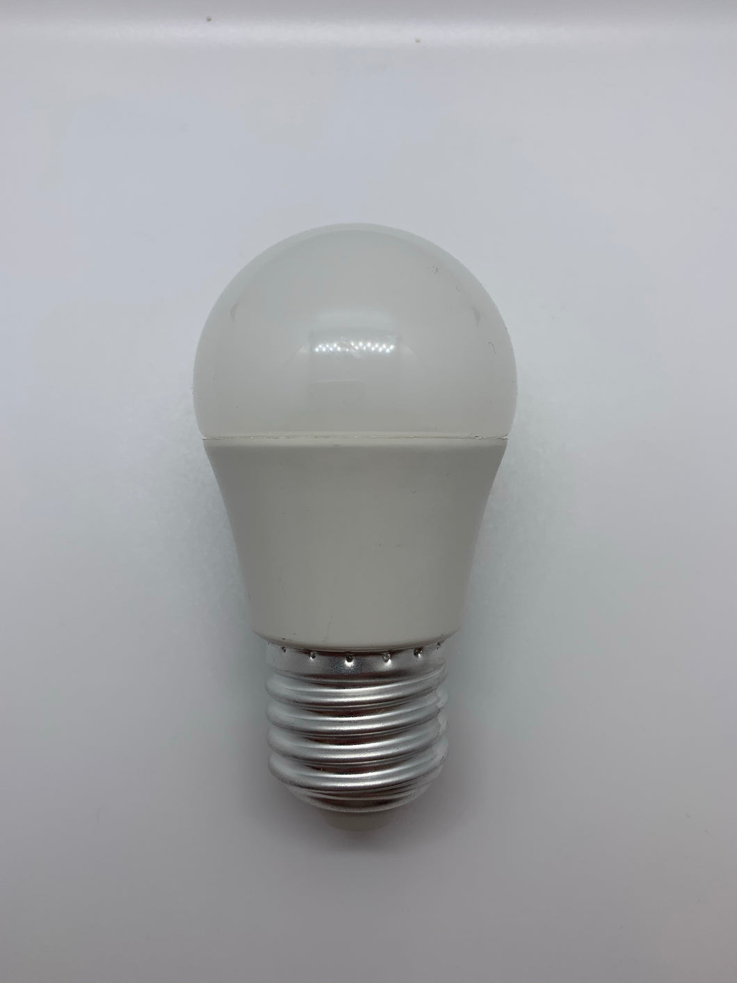 5.5w ES/E27 Daylight Golfball