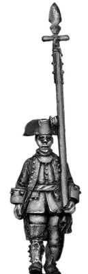 Dutch Officer, march-attack, coat with cuffs and lapels (28mm)