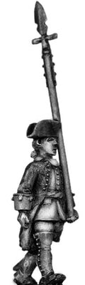 Dutch Officer, march-attack, coat with cuffs only (28mm)