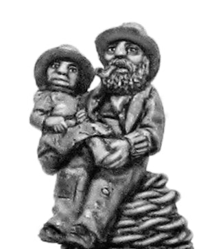 Fishmen Elder Cradling Infant (28mm)