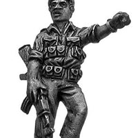 1970s ZANLA guerilla leader with AK47 in beret (28mm)