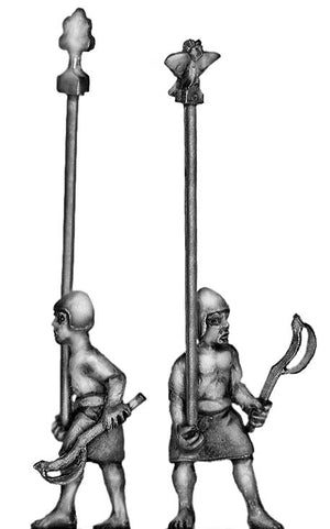 Sumerian Standard Bearer (28mm)