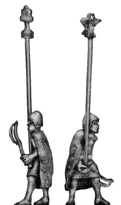 Sumerian Standard Bearer with cloak (28mm)