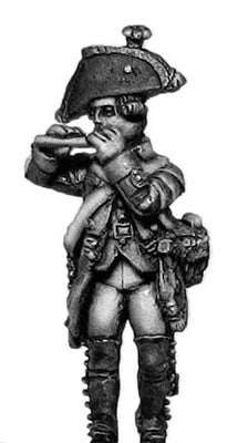 Russian Musketeer fifer, coat with lapels and collar, marching (28mm)