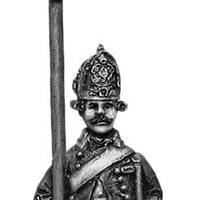 Russian Fusilier standard bearer, coat - no lapels, marching (28mm)