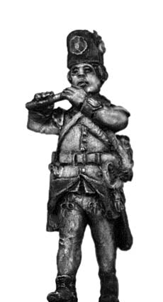 Hungarian Fusilier fifer, marching, casquet (28mm)