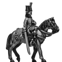 Dragoon officer at rest (28mm)