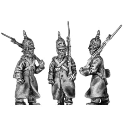 Russian Infantry in greatcoat and helmet, marching (18mm)