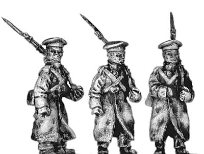 Russian infantry in greatcoat and cap, marching (18mm)