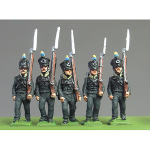 Light Infantry marching, Waterloo (18mm)