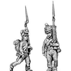 Fusilier, lozenge plate, cords on shako, marching (18mm)