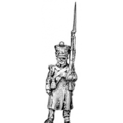 Grenadier, greatcoat, march attack (18mm)