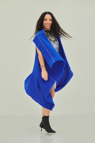 All-in-one, multifunctional soft wool cape Celestial Cape Dia