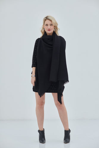 One size fits all pure Black- Daria Cape Kali