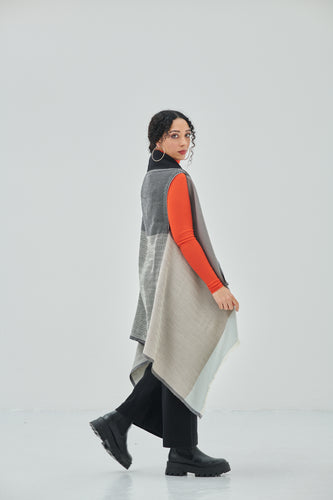 Handcrafted, ethically designed wool in classic shades of Grey and Black Daria Cape Nubra