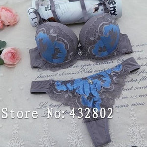 Load image into Gallery viewer, ABC 2017 Sexy Lace Women Push Up Bra Sets Hollow out thongs Bra Brief Sets French Romantic Intimate - My Web Store Shopping