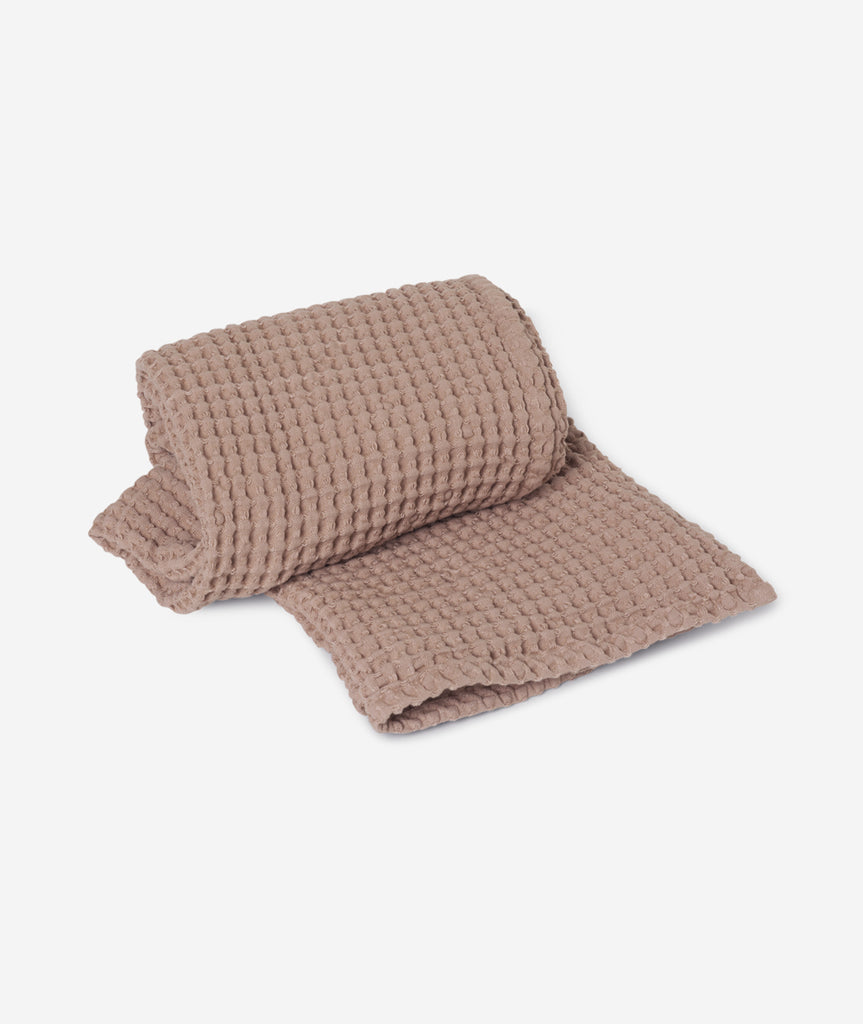 Organic Hand Towel - 5 Colors Ferm Living - BEAM // Design Store