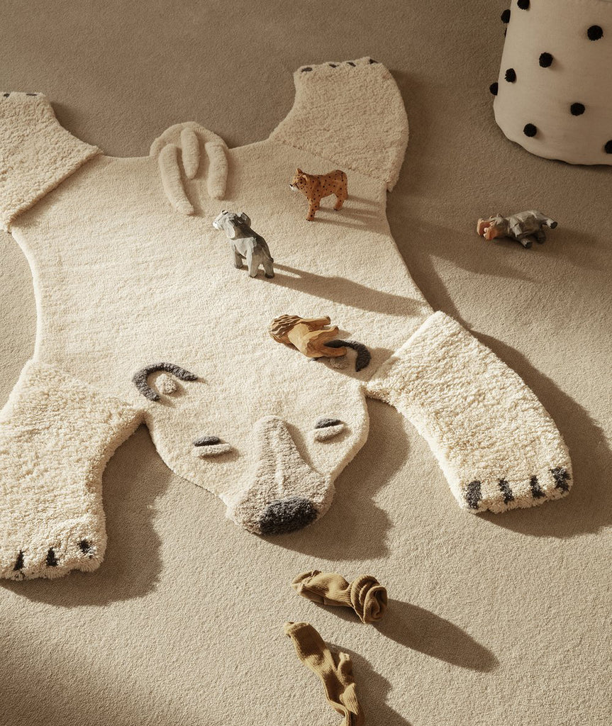 Polar Bear Tufted Rug