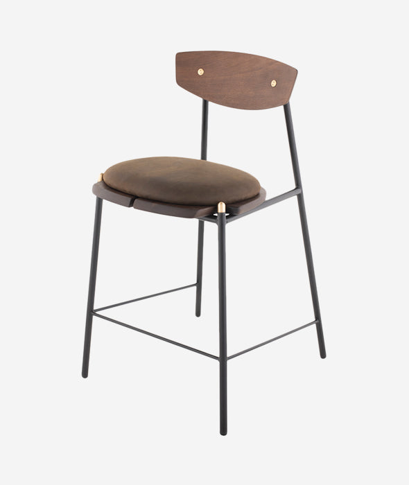 Kink Bar + Counter Chairs - 3 Colors Nuevo - BEAM // Design Store