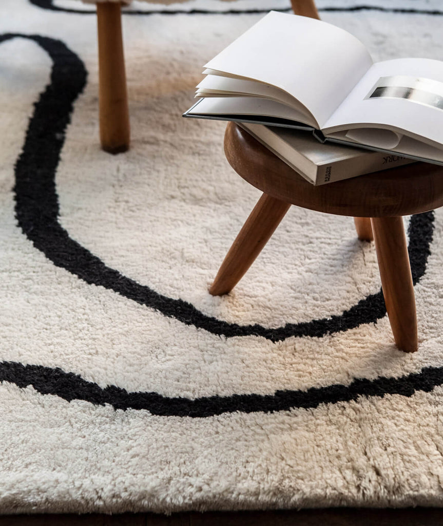 Simple Object 18 Rug - 4 Sizes