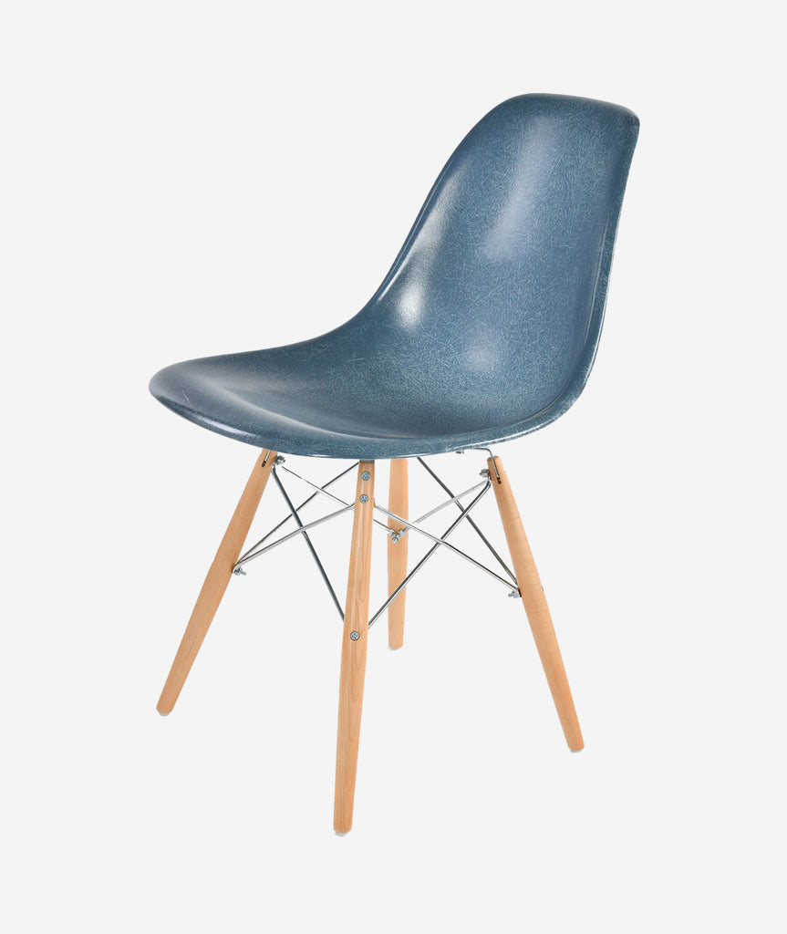 Case Study Side Shell Dowel Chair