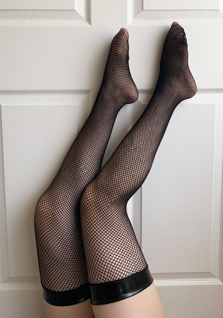 Black Widow Vinyl Top Fishnet Thigh High Sock