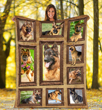 Load image into Gallery viewer, 3D German Shepherd dog Throw Fleece Blanket - 3DTH165