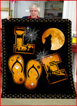 Load image into Gallery viewer, Love Wolf Halloween Fleece Blanket - IPH320
