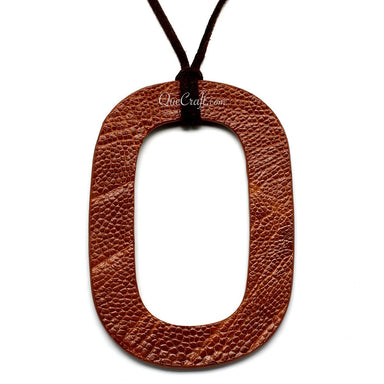 Leather Pendant - Q11069