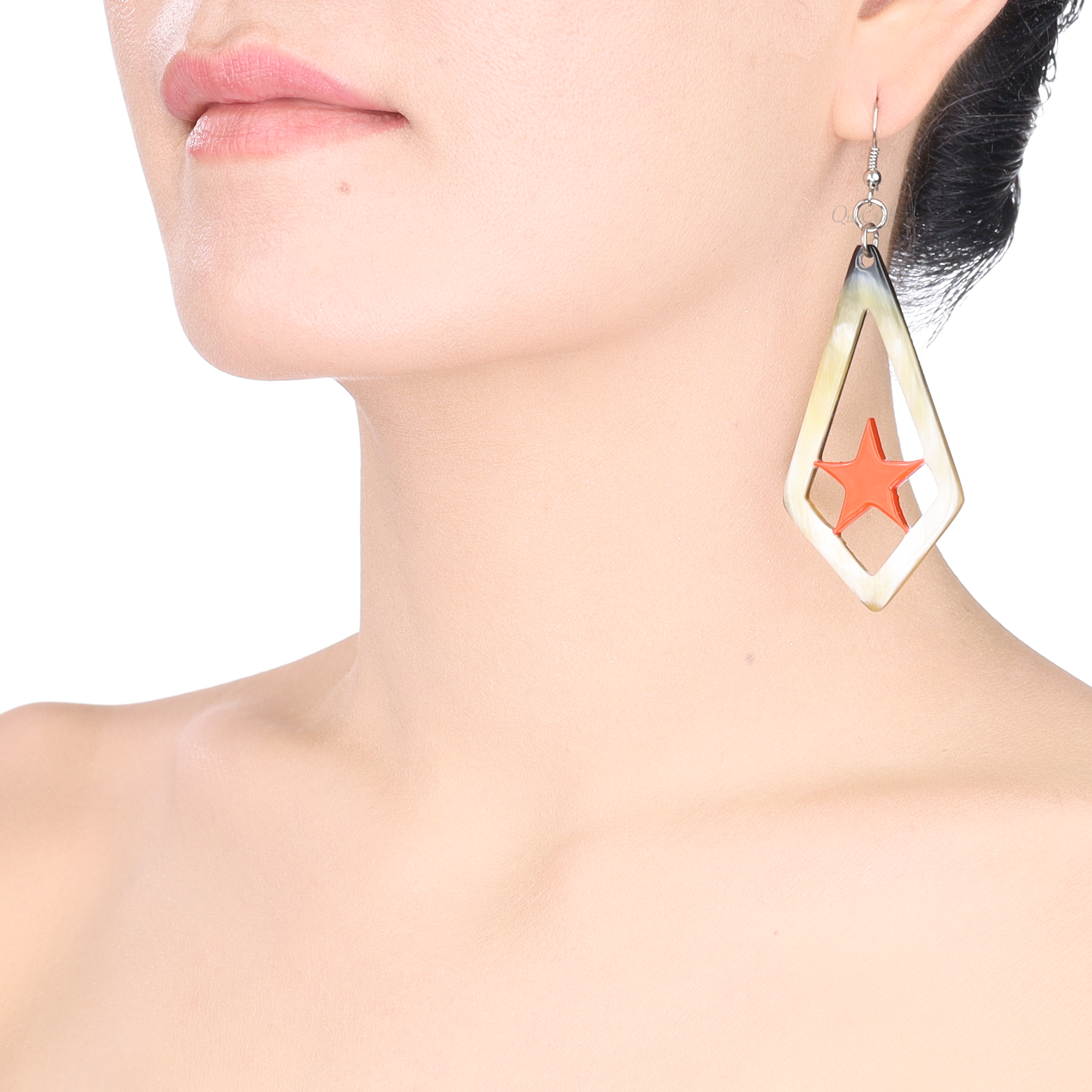 Horn & Lacquer Earrings #13891 - HORN.JEWELRY
